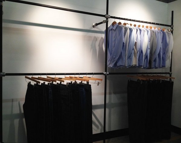 Diy retail display ideas from clothing racks to