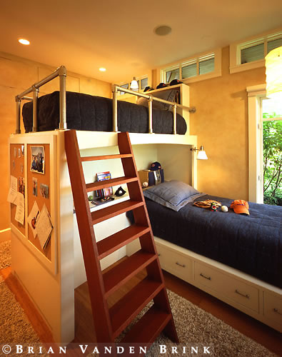 Contemporary Kid's Bunk Bed