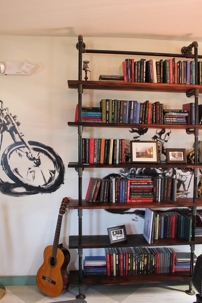 59 Diy Shelf Ideas Built With Industrial Pipe Simplified