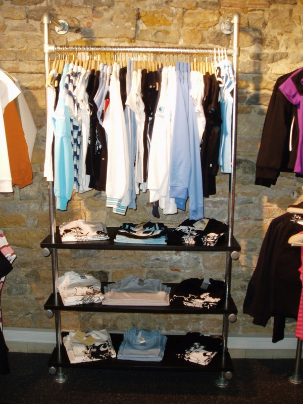 Retail Clothing Racks Stylish Easy To Configure Racks