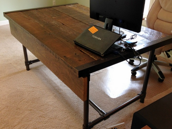 Easy to Build Reclaimed Wood Desk