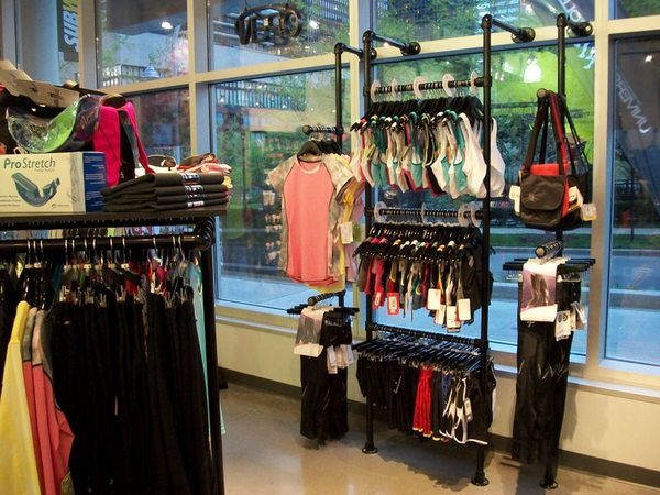Retail Clothing Racks