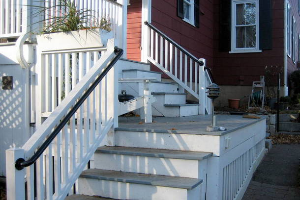 Metal Deck Railing - Post Mounted