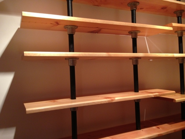 The Levels Are Created Using Kee Klamp Fittings And Pipe. The Pipe Goes  Straight Through The Wood Shelves Creating A ...
