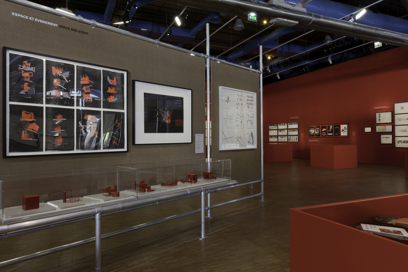Custom Art Display Panels That Create Unique Geometries