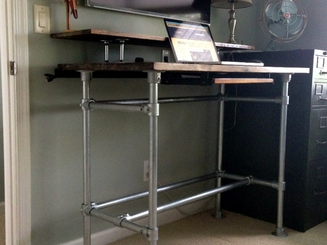 10 Diy Standing Desks Built With Pipe And Kee Klamp