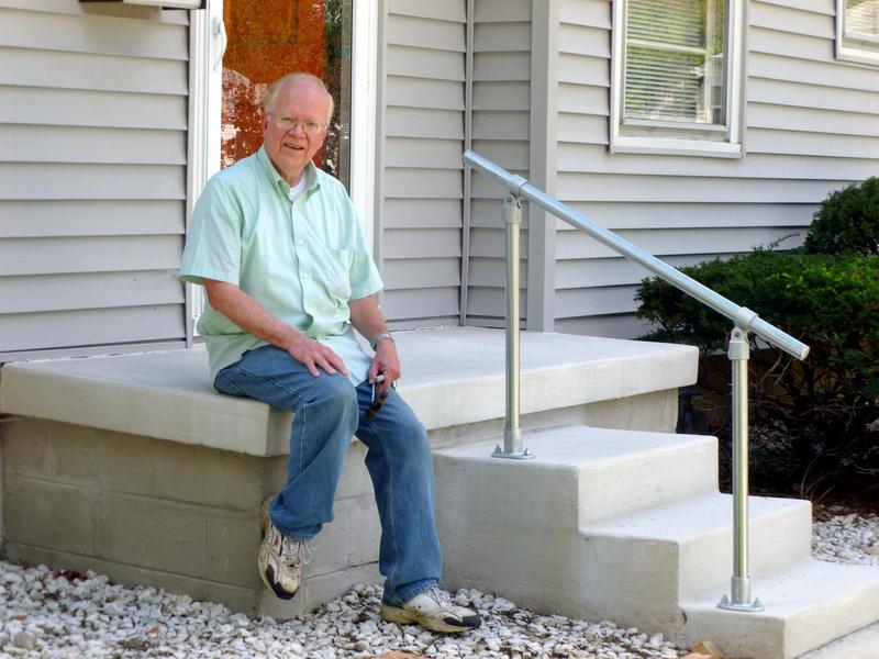 5 DIY Metal Stair Railing Examples