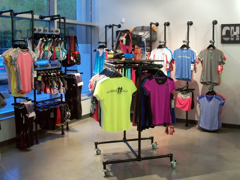 Used Clothing Store Fixtures Chicago