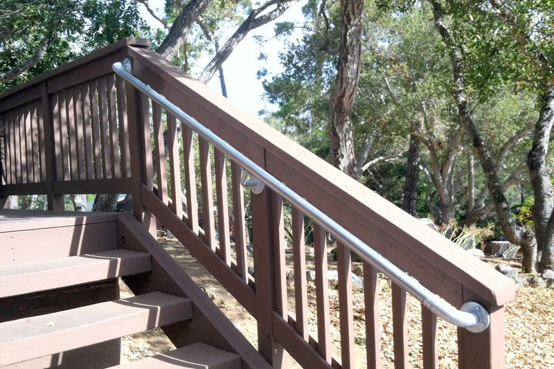 Simple Rail Outdoor Stair Railing is Easy to Install