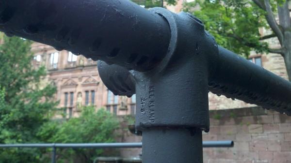 Kee Klamp Rohrverbindergeländer am Schloss in Heidelberg