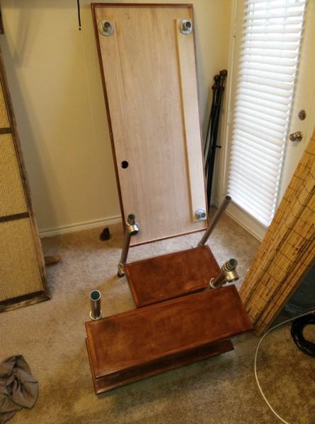 h henverstellbaren tisch zum zocken selber bauen was werden sie bauen. Black Bedroom Furniture Sets. Home Design Ideas