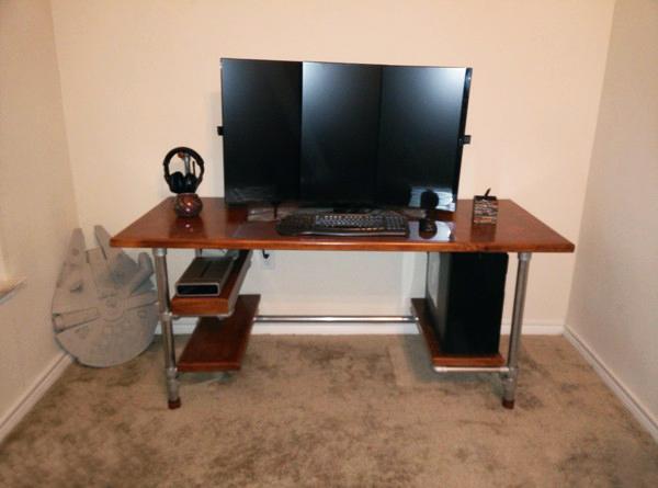 Gamer schreibtisch selber bauen  Höhenverstellbaren Tisch zum Zocken selber bauen - Projekte - Was ...