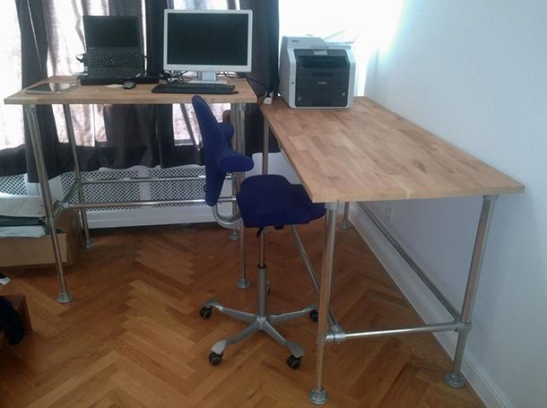 wie kann man einen h henverstellbaren schreibtisch bauen blog. Black Bedroom Furniture Sets. Home Design Ideas