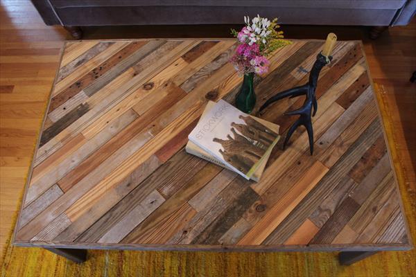 Plateau de Table en Palette Recyclée