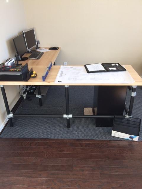 Doe-het-zelf bureau