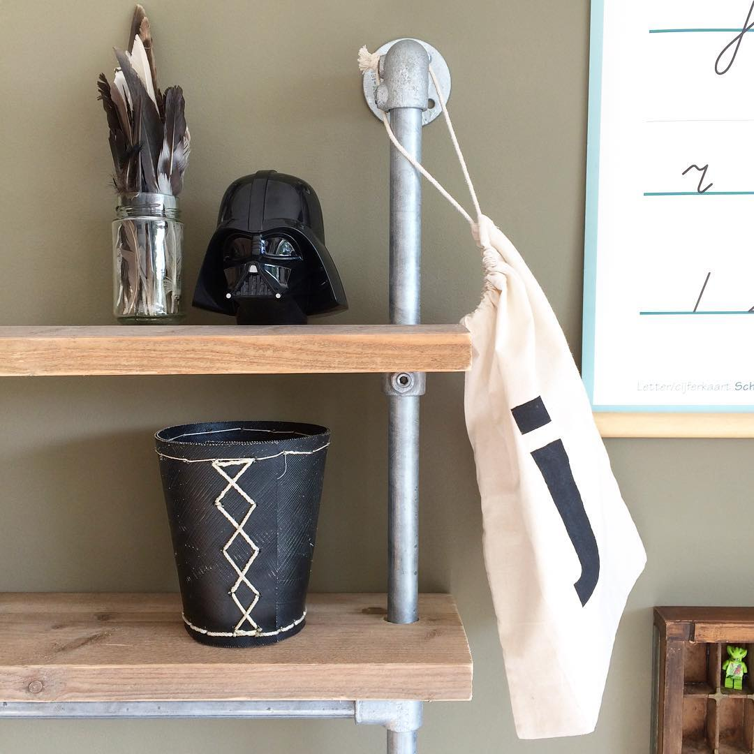 Kee Klamp Scandinavian style desk with shelves
