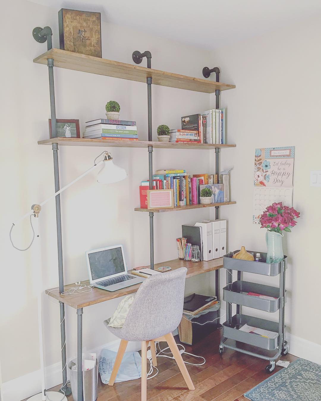 Kee Klamp home office