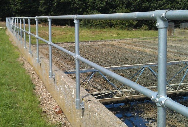 Pipe Railing Build A Railing With Galvanized Pipe