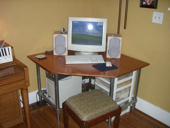 Corner Computer Desk - Project - Simplified Building